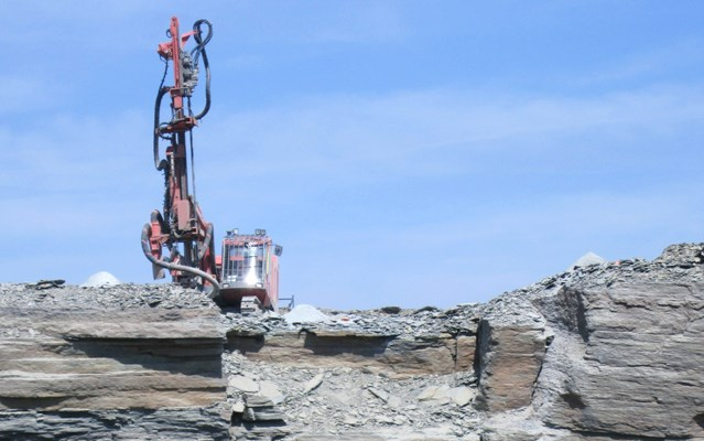 Drilling quarry